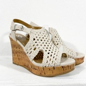 NWT Tan Wedge Sandals Size 7.5